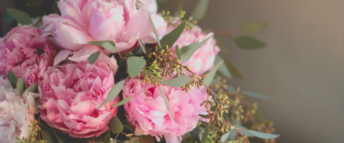 "Peonies are the new ""It"" flower for Weddings"
